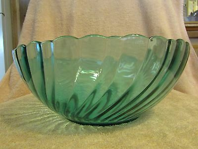 Vintage Arcoroc France Swirl Design Green Glass Fruit Salad Bowl