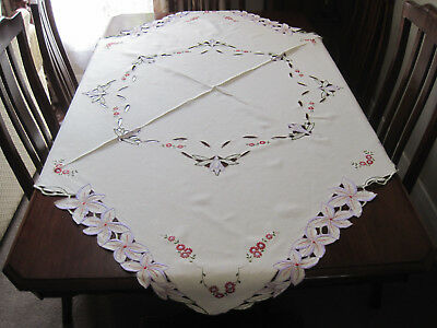 Beautiful Vintage Hand Embroidered With Cutwork Pure Linen Tablecloth