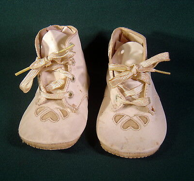 Antique Pair Of Soft Leather Baby Shoes - Original Laces Intact!