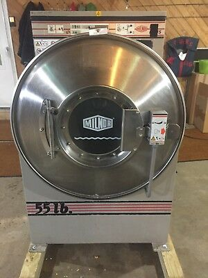 55Lb Milnor 30022M5J Washer Used, Fully Tested Working.