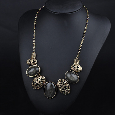 Korean West Style Three Color Short Fasionable Necklace Garment Accessory