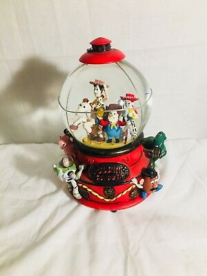 Disney Toy Story 2 Woody's Roundup Wind up Musical Lighted Snow globe /RARE