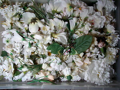 Huge 1 pound lot of loose silk flowers a massive collection of all huge 1 pound lot of loose silk flowers a massive collection of all whites 34 mightylinksfo