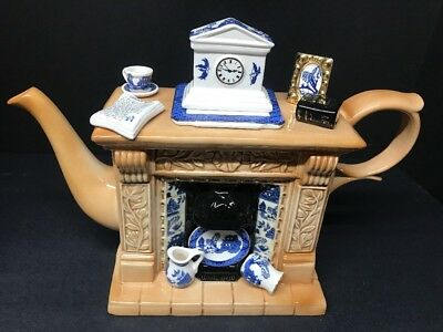 VTG Cardew Blue Fireplace Pottery & China Large Teapot Designed in England