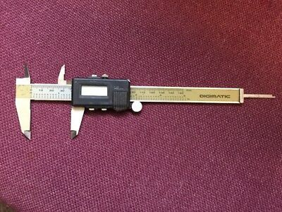 Mitutoyo Digimatic Digital Calipers Model 500-321 150mm / 6""