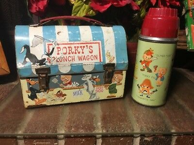 L@@k!! VTG. 1959 BUGS BUNNY PORKYS LUNCH WAGON DOME METAL LUNCH BOX W/ THERMOS