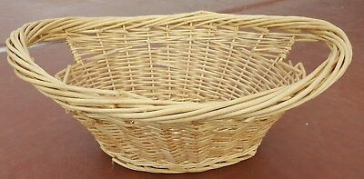 "22"" x 17"" x 9"" Oval Tan Wicker Storage Basket"