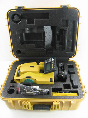 "NEW TOPCON GTS-1002, 2"" 400m PRISMLESS TOTAL STATION"
