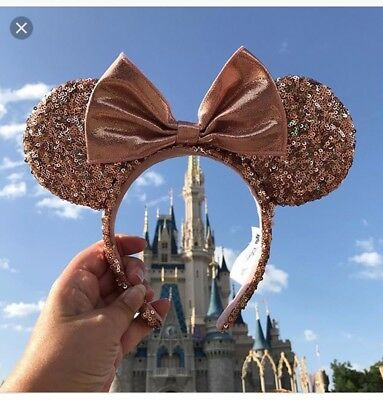 NWT Authentic Disney Parks Minnie Mouse Rose Gold Champagne Ears SOLD OUT