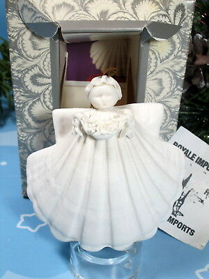Margaret Furlong Flower Garland Angel Seashell Ornament 3 inch New Box Stand