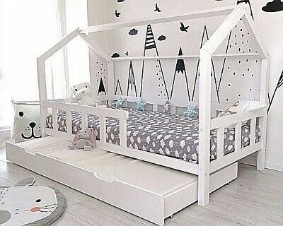 kinderbett kinderhaus kinder bett holz haus spielbett hausbett 90x200 bettkasten eur 299 00. Black Bedroom Furniture Sets. Home Design Ideas