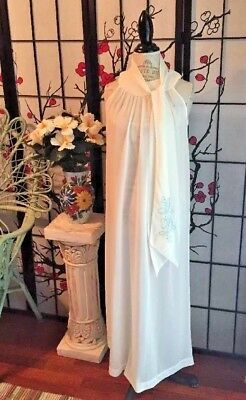 """VTG 60s Saks 5th Avenue Bridal Trousseau Negligee' Gown Embroid'd + """"I Do"""" Scarf"""