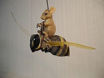 """Fun Dean Griff Charming Tails """"mouse On Bee"""" Ornament 89/191 Retired 1994"""