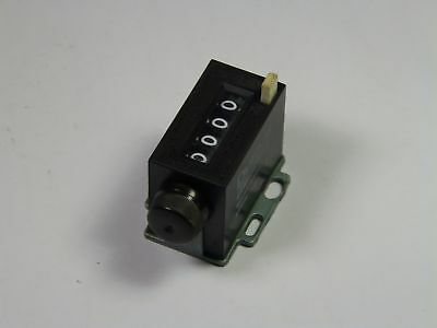Durant 4-X-2-A Pushbutton Stroke Counter 4-Digit Knob Reset  USED