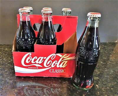 """Vtg. 1994 Classic Coca-Cola Commemorative Bottle 6 Pack """"Holiday Greetings"""" NOS"""
