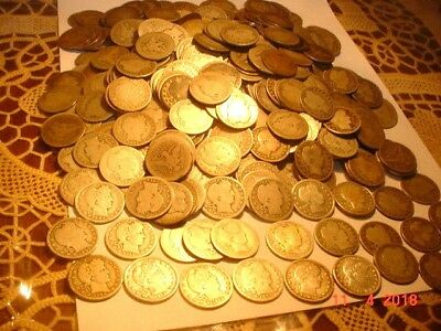 Awesome Collection Of Over 620 Barber Quarters, Lots Of Early Dates