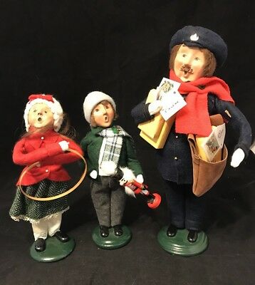 Byers Choice Ltd Carolers Collection Lot Of 3  Boy With Nutcracker Postman Girl
