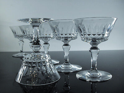 Cristal baccarat piccadilly how many compartments are black on roulette american