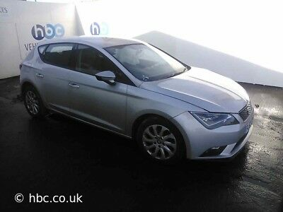 Seat Leon SE 1.6 TDI Breaking for parts spares or repair 2013 - 2016 MK3 5F BOLT