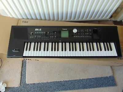 ROLAND BK5 KEYBOARD - Pre Owned with Roland KS-18Z Keyboard Stand