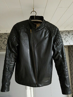 Metal Gear Solid 5 V Lederjacke (Snake Leather) Musterbrand Jacket, Größe Size S