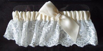 Luxury Handcrafted Wedding Garter in Ivory Satin and Lace G335