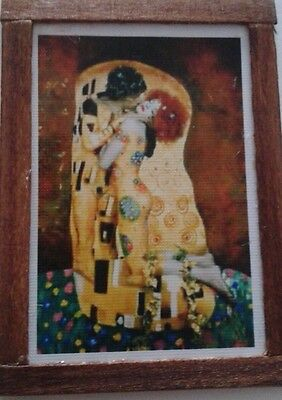 Dolls House  Klimt 'the kiss' picture