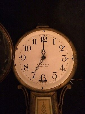 Very Nice Vintage  NEW HAVEN Banjo Electric Wall Clock For Parts Only AS.IS
