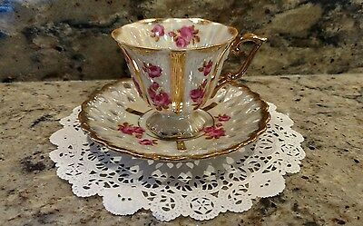 Vintage Royal Sealy China Tea Cup & Saucer Set With Roses Made In Japan