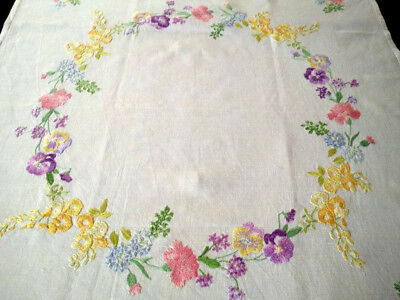 Stunning Flower Circle ~ Pansy /Laburnum++ ~ Vintage Hand Embroidered Tablecloth