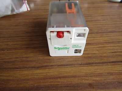 Schneider 3PDT PCB Non-Latching Relay RUMF3AB2F7 10A 230Vac Wie/A9 140426