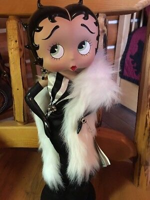 Rare  Collectible Betty Boop In Beautiful Long Black Gown With White Fur