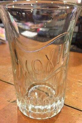 MOXIE Antique Embossed Glass Vintage Linen P