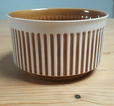 withernsea pottery bowl eastgate stamp