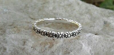 Daisy Ring, Short Stackable Solid Sterling Silver Daisy Flower Ring