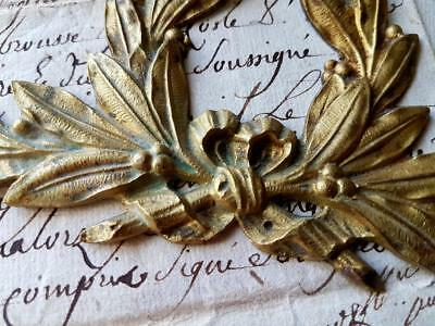 Stunning 19thC Antique French Gilt Bronze Laurel Leaf & Berry Wreath Garniture
