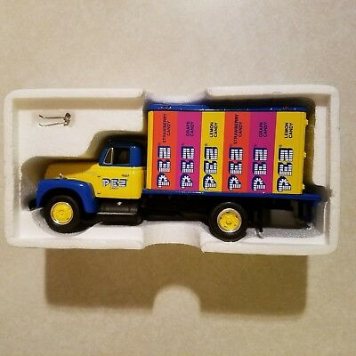 First Gear Pez Candy 1957 International R-190 Dry Goods Van NIB