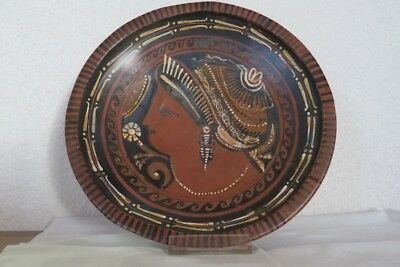 Greek Apulian Redfigured PLate with Lady of fashion