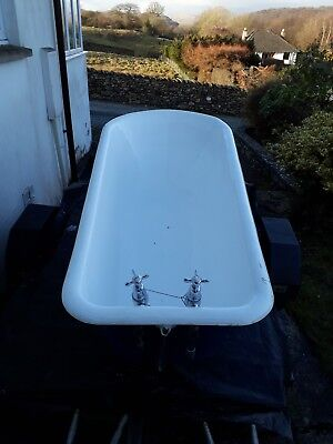 Victorian Roll Top Cast Iron Bath