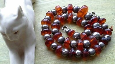 Beautiful Antique  Amber And White Metal Graduated Bead Necklace 18 Inches 42Gms