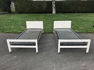 Vintage Vono Twin Metal Single bed frame