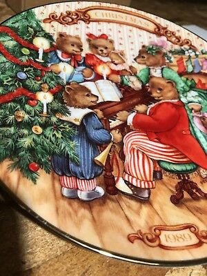 "Avon Collectible 1989 ""Together For Christmas"" Plate Porcelain 22K Gold Trim NEW"