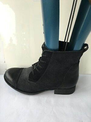 Clarks brown genuine  leather ankle lace up size 4.5 D ladies womens boots shoes