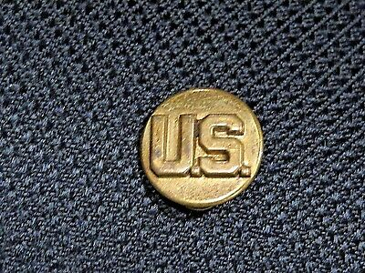 """Vintage WW 2 """"U.S."""" Military Army Brass Insignia Pin Double Pin Back With Clasps"""