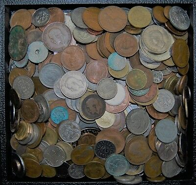 7 Pounds Foreign Coins - World Coins - Various Countries, Good Mix