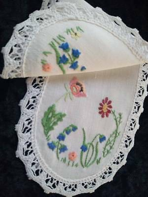 Gorgeous Spring Flowers/Poppy/BlueBells+~Vintage Hand Embroidered Sandwich doily