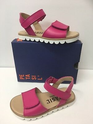 Petasil Marta Girls Leather Sandals In Fuchsia