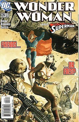 Wonder Woman Comic 226 DC 2006 Rucka Richards Snyder feat. Superman   Cover Date