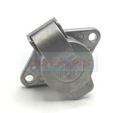 Heavy Duty 24N 7 Pin Truck Trailer Towing Towbar Metal Aluminium Plug Socket