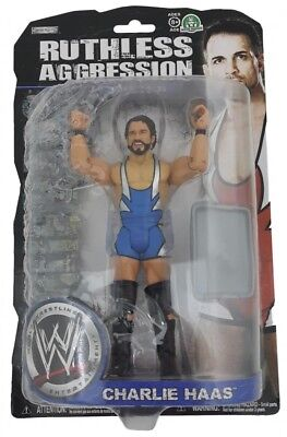 W440 WWE Wrestling Figur Ruthless Aggression 36 CHARLIE HAAS
